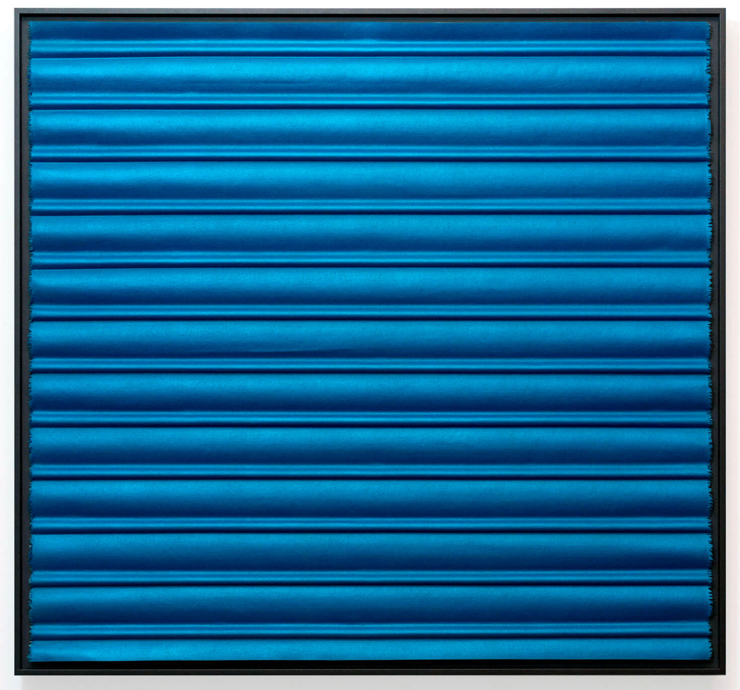 Persiana Azul, 2018. Intaglio, pintura industrial sobre lienzo. (Intaglio, industrial paint on canvas) 65 x 70 cm (26 x 28 inches)